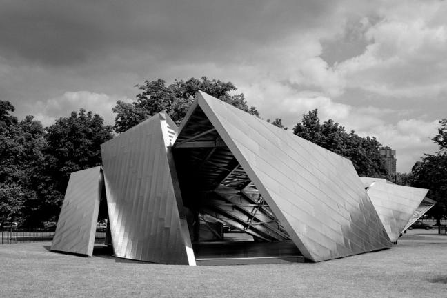 20140816 serpenting pavilion libeskind